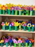 img 0037 - Gebastelte Blumen für Bewohner Bad Honnefer Altenheime
