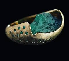 Honoka Kawazoe hand crafted raw emerald jewelry 0