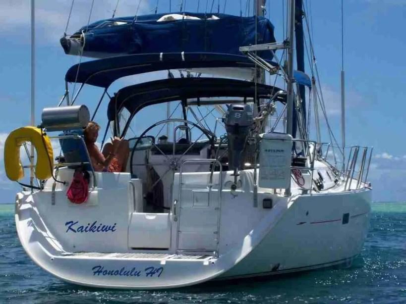 Sail Blue Hawaii boat charters