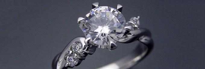 婚約指輪や結婚指輪などブライダルジュエリーの急ぎの製作について