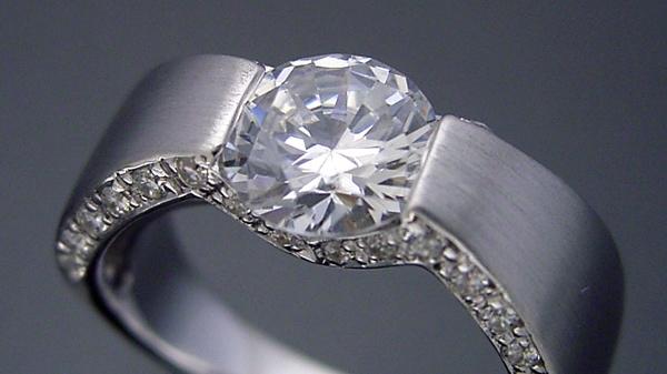 1カラットダイヤモンドで重要な事は?