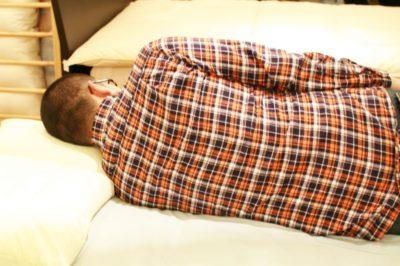 横向き寝の枕