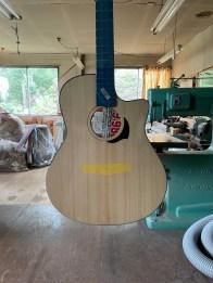 「Yokoyama Guitars アニバーサリー限定モデル」最新の進捗画像です!