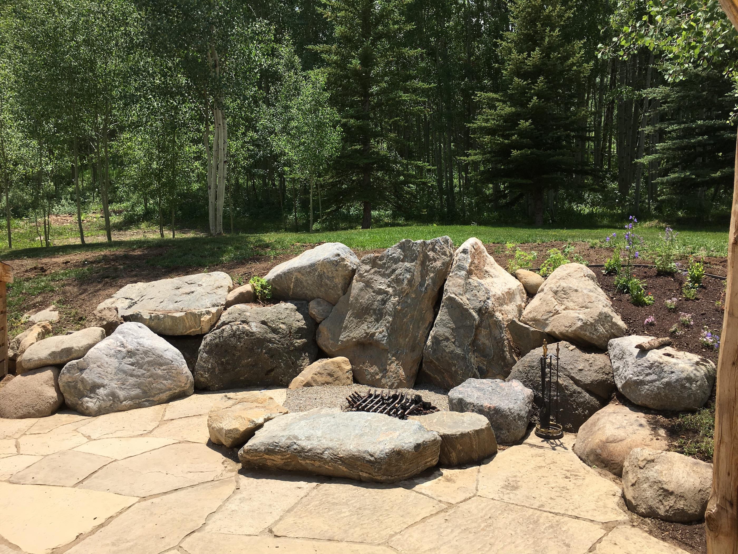 outdoor fire pit builder