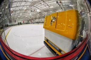 Drive the zamboni ! hockey