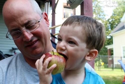 Mmmm apple.
