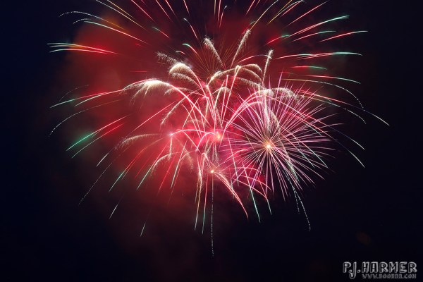 Bursts over the sky!