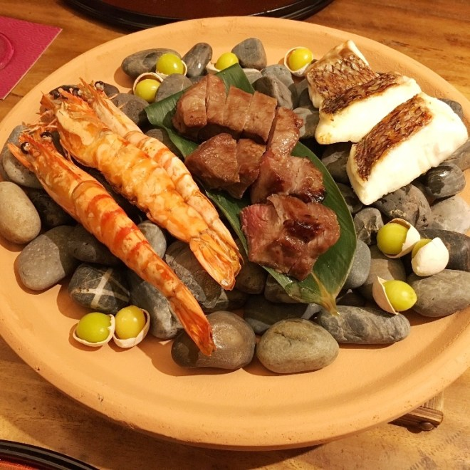 Stone-grilled fresh sea bream, prawn, beef and ginkgo