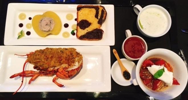 Appetiser -- Gratinated Lobste Thermidor, foie gras with apple, tomato gazpacho, brioche, green pea veloute, cold cherry tomatoes with buffalo mozzarella, oscietra caviar