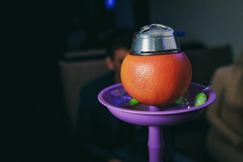 Акция - фруктовый вторник, кальян на фрукте по цене обычной чаши