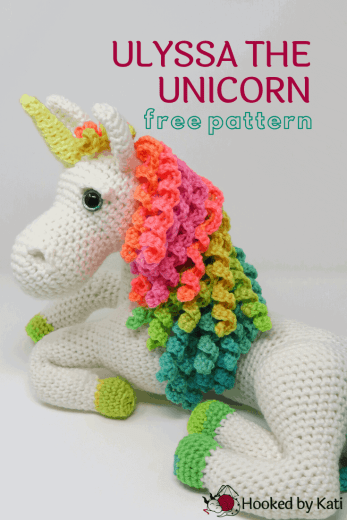 Free Crochet Unicorn Pattern - thefriendlyredfox.com | 520x347