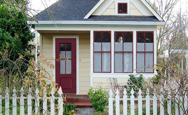 Living Small Tumbleweed Tiny Houses