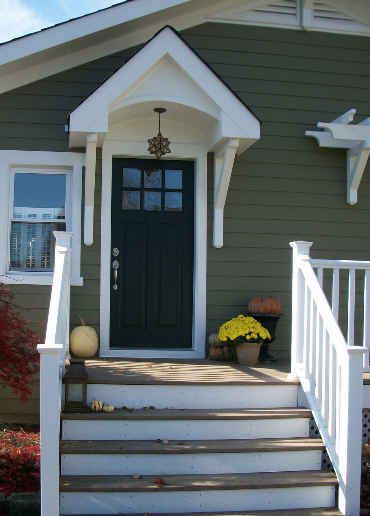 front door of Londens Craftsman style cottage  Hooked on