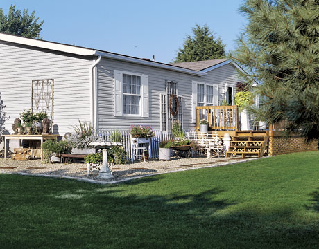 This Is Not an Ordinary Mobile Home  Hooked on Houses