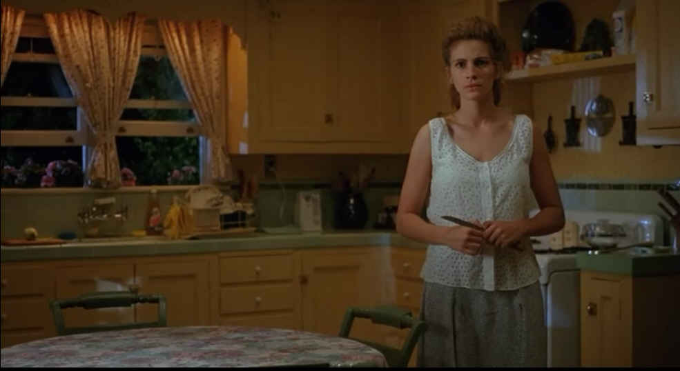 movieJulia Roberts in the kitchen  Hooked on Houses
