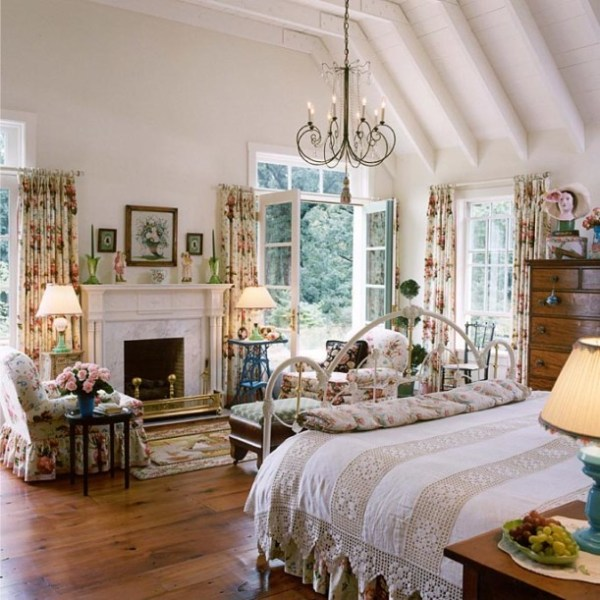 french country home bedroom Designer Suzy Stout's French Country Farmhouse in Illinois