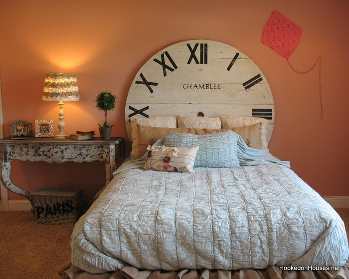 Fischer Wheatland Model-girl's Bedroom Clock Bed