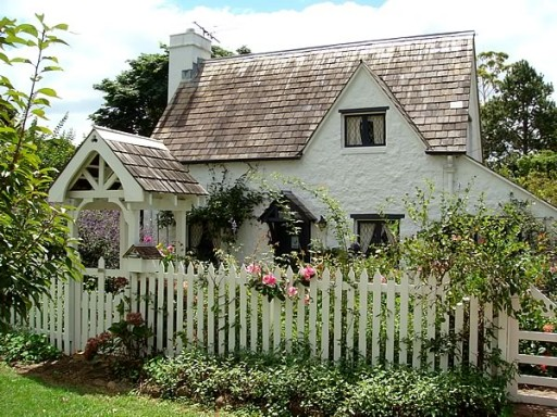 Fig Tree Cottage: English Country Style In Australia