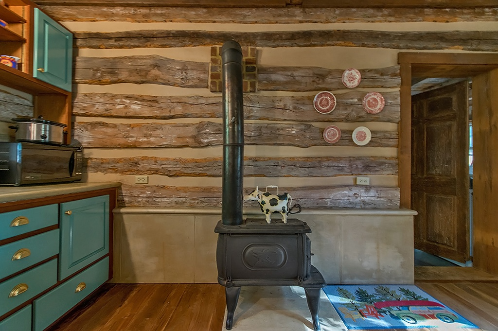 A Civil WarEra Log Home For Sale in West Virginia