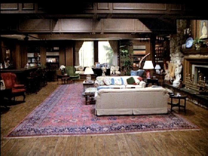Hart to Hart House Living Room