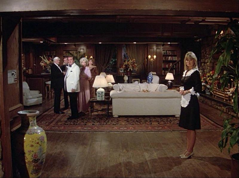 Hart to Hart living room in series finale 1984