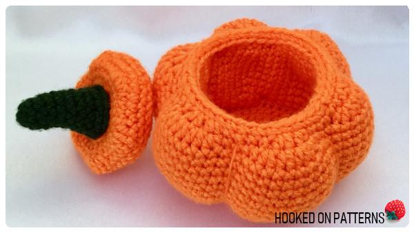 Pumpkin Pots Free Crochet Pattern