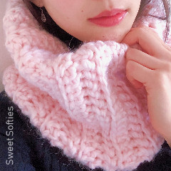 Cotton Candy Cowl Free Crochet Pattern