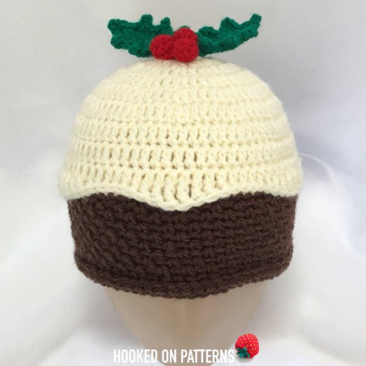 Christmas Pudding Beanie Hat: Free Crochet Pattern