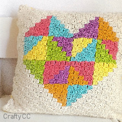 Love Triangle C2C Cushion Free Crochet Pattern