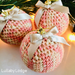 Sock Yarn Baubles Free Crochet Pattern