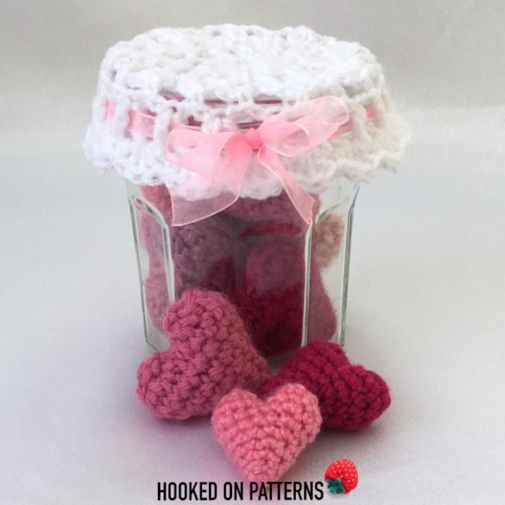 Free jar of Hearts Crochet Pattern