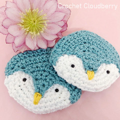 Penguin Brooch Free Crochet Pattern
