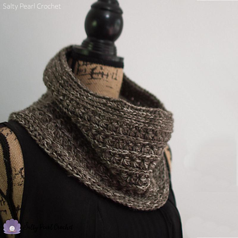 Star Sand Cowl Free Crochet Pattern