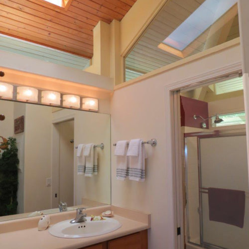 cottage_bath