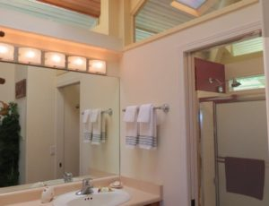 Cottage_bath_full