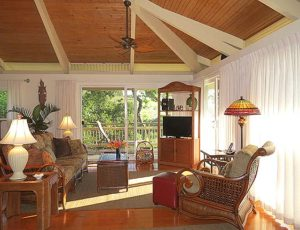 Maui Cottage Living Room