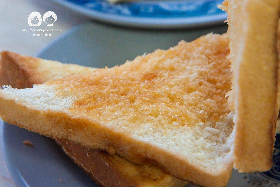 新源發早餐店(岡山美食)木瓜醬烤土司好美味!60年口碑相傳非吃不可