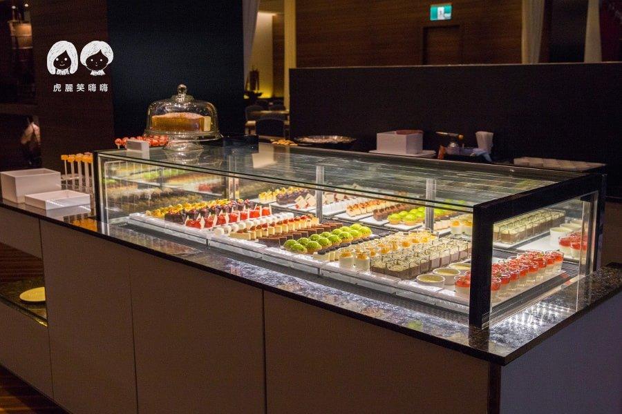 國賓飯店 i RIVER 愛河牛排海鮮自助餐廳(原Marekt Cafe味集廚房) Buffet 吃到飽 甜點