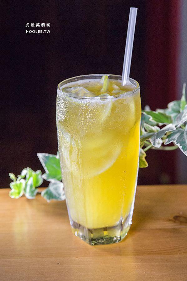 初味1.0 晚餐 檸檬綠茶(手作糖漬檸檬) NT$50