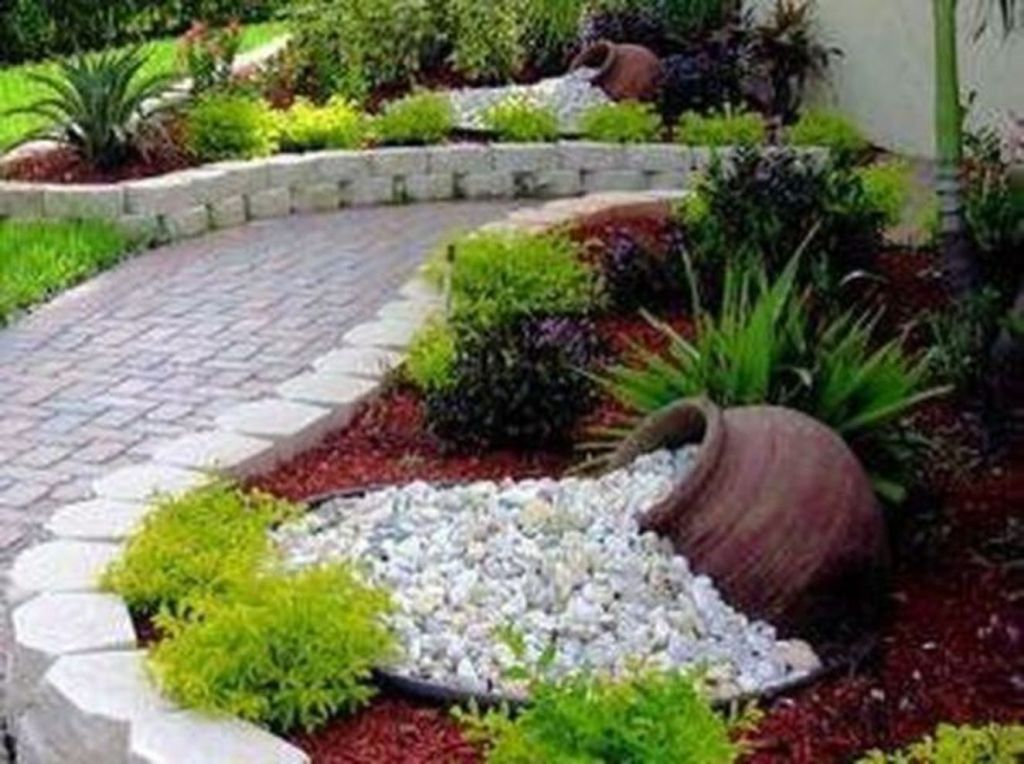 Beautiful Modern Rock Garden Ideas For Backyard Landscaping 10