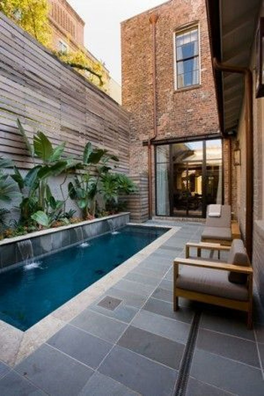 Lovely Small Swimming Pool Design Ideas On A Budget 13