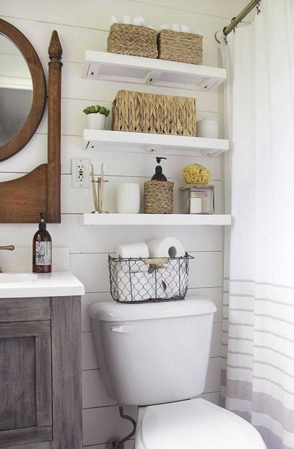 Amazing Bathroom Storage Design Ideas For Small Space 08