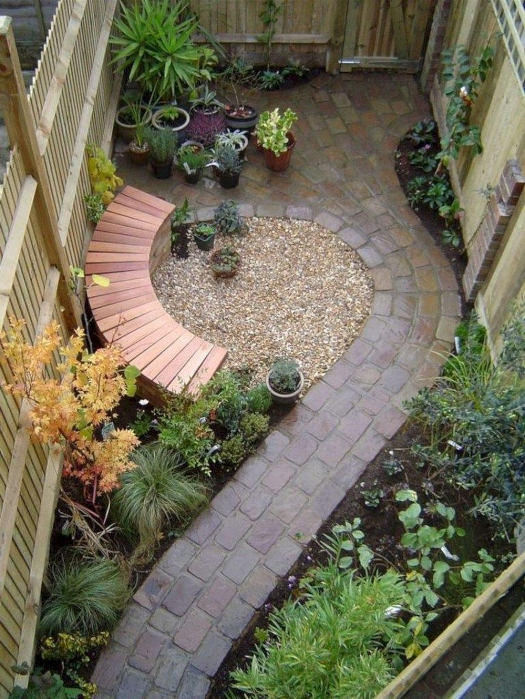 Awesome Backyard Landscaping Ideas With Elegant Accent 10