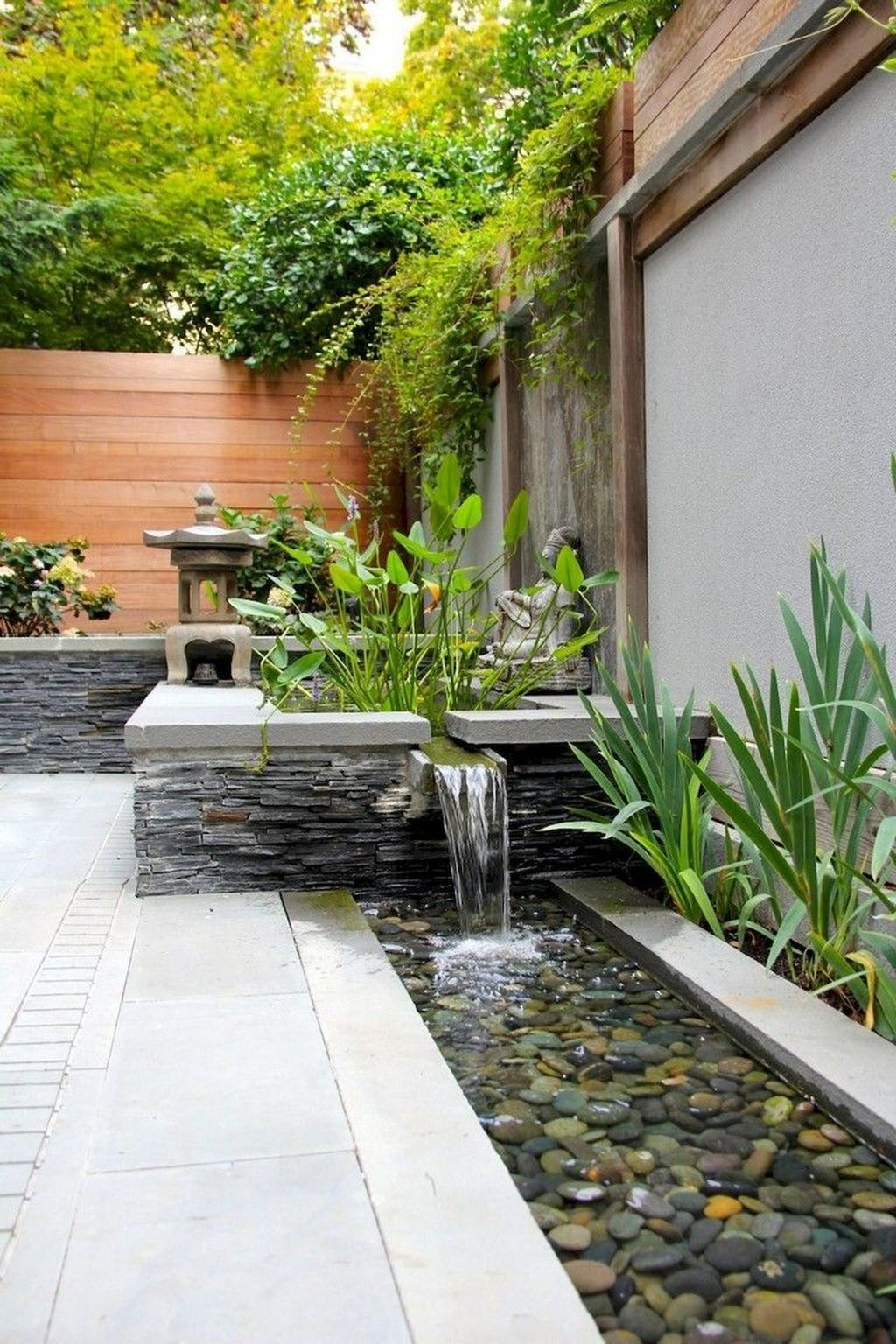 Awesome Backyard Landscaping Ideas With Elegant Accent 16