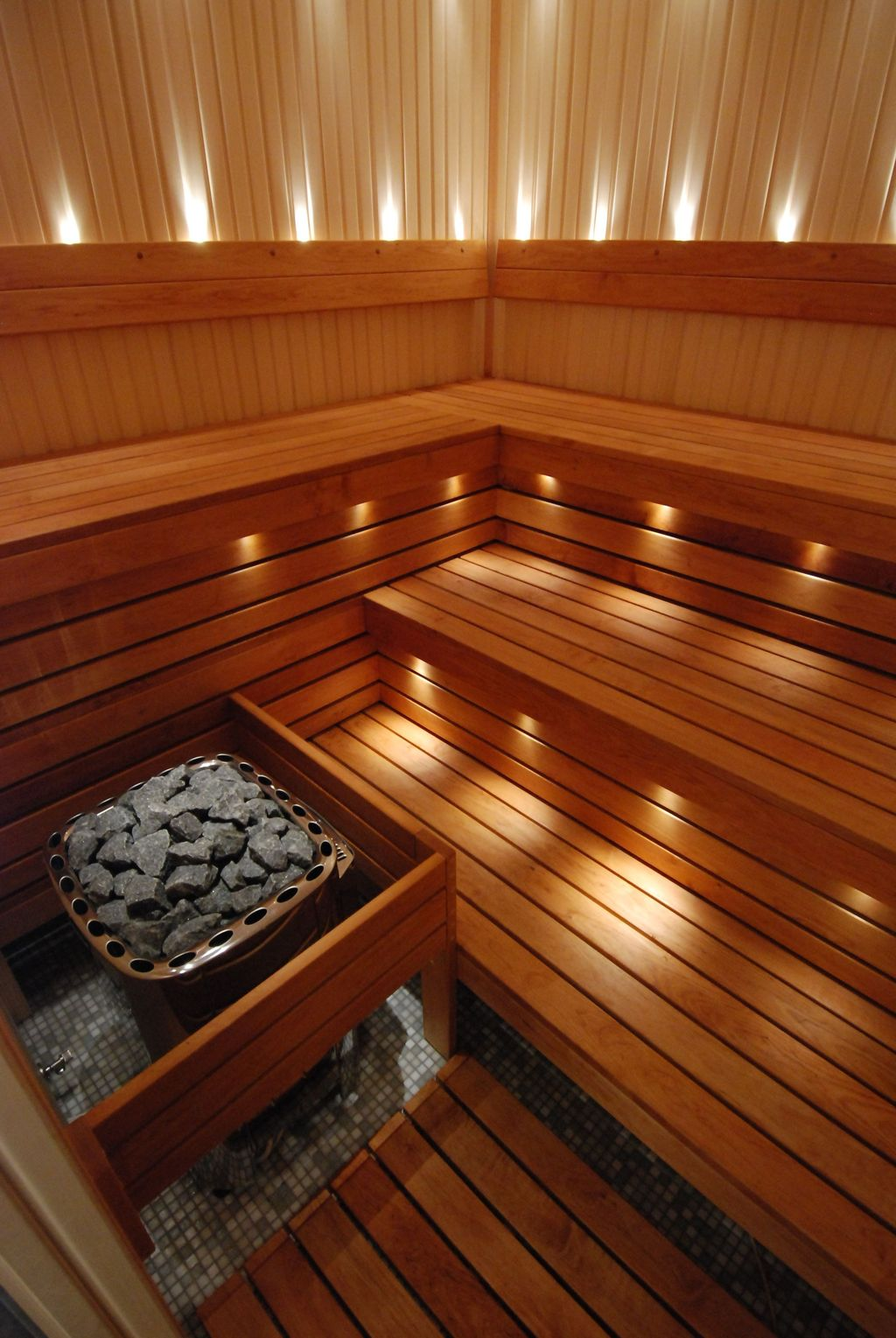 Beautiful Sauna Design Ideas For Your Bathroom 13