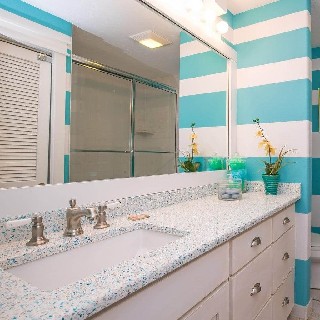 Fabulous Bathroom Decor Ideas With Coastal Style 24