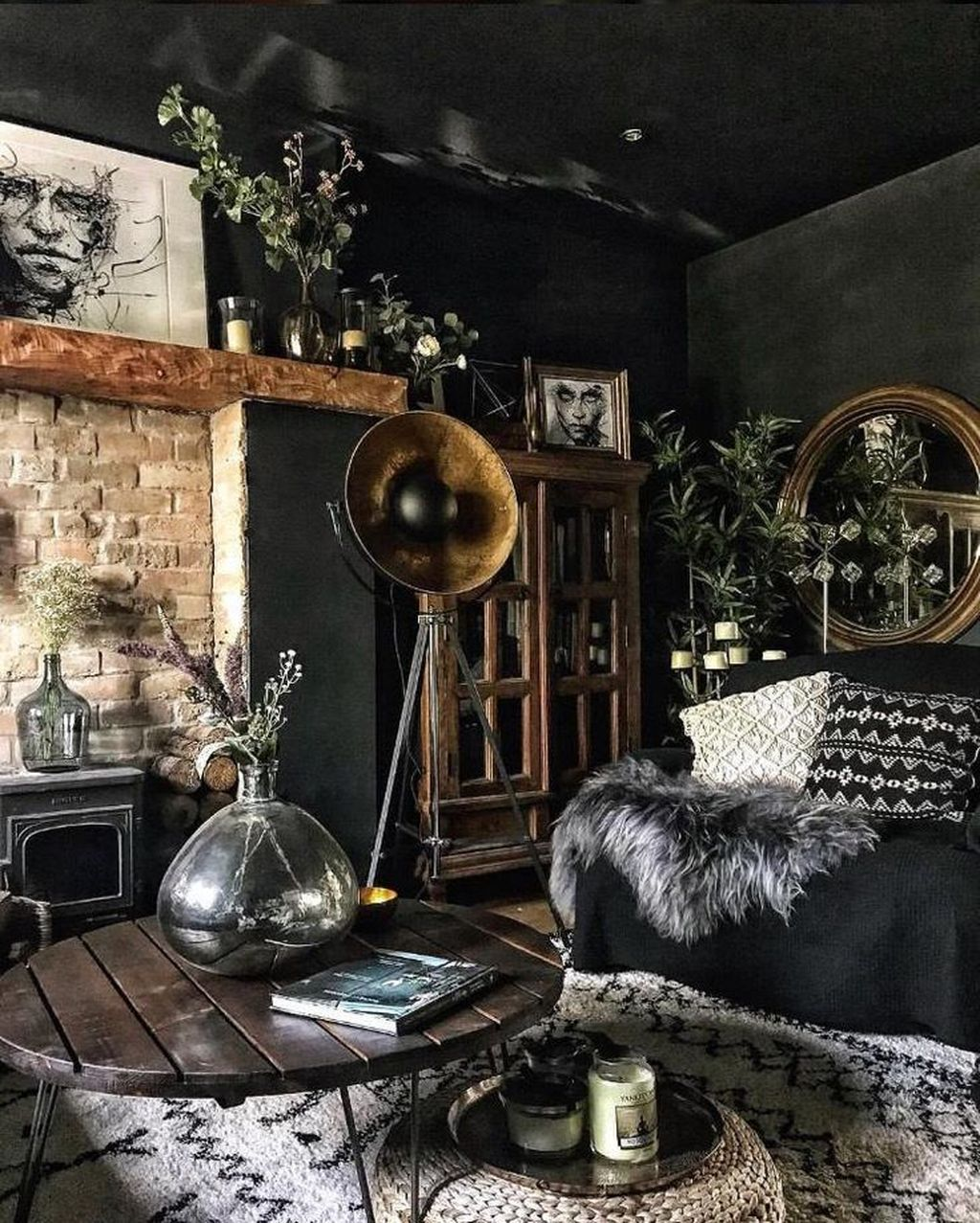 Fabulous Bohemian Living Room Decorating Ideas 08