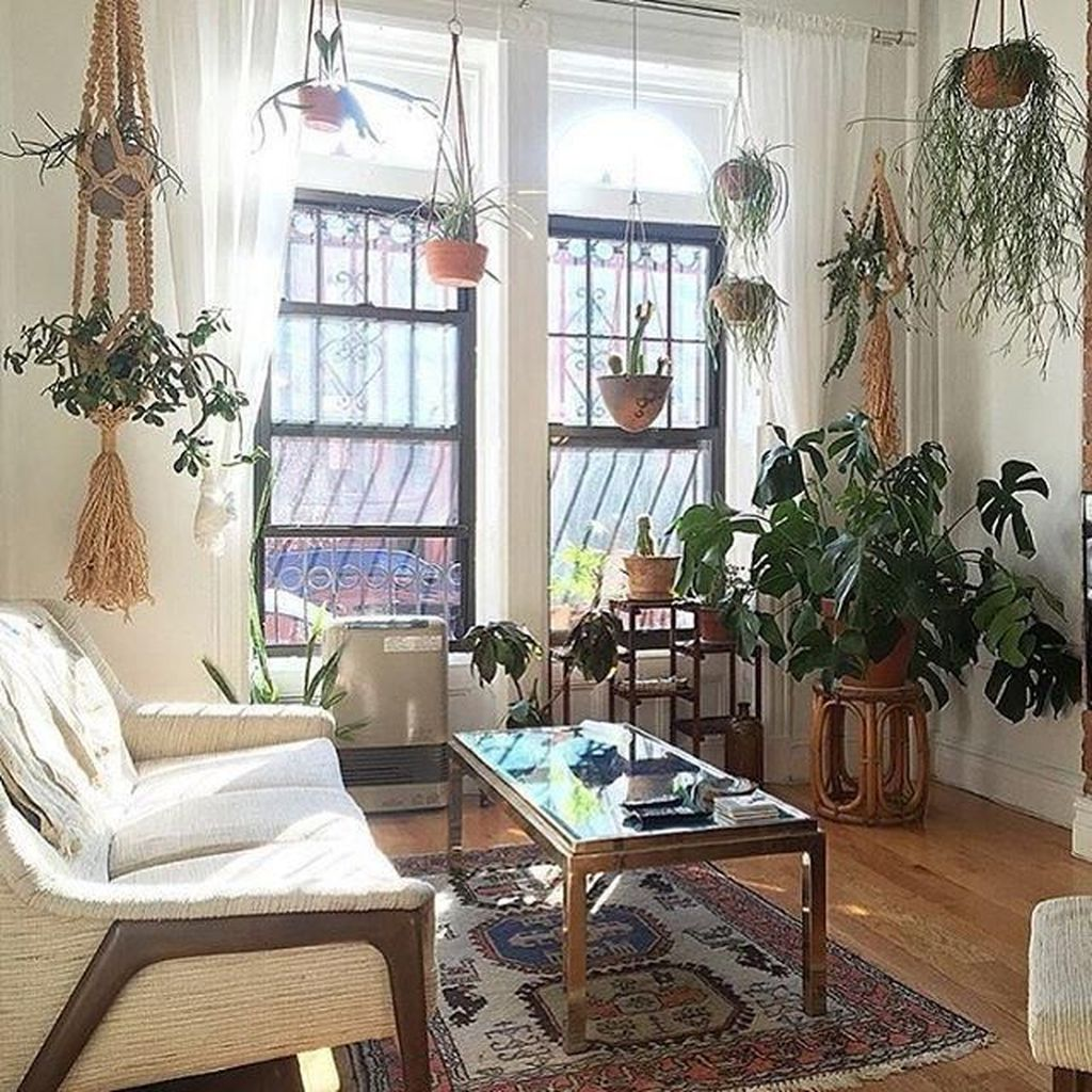 Fabulous Bohemian Living Room Decorating Ideas 18