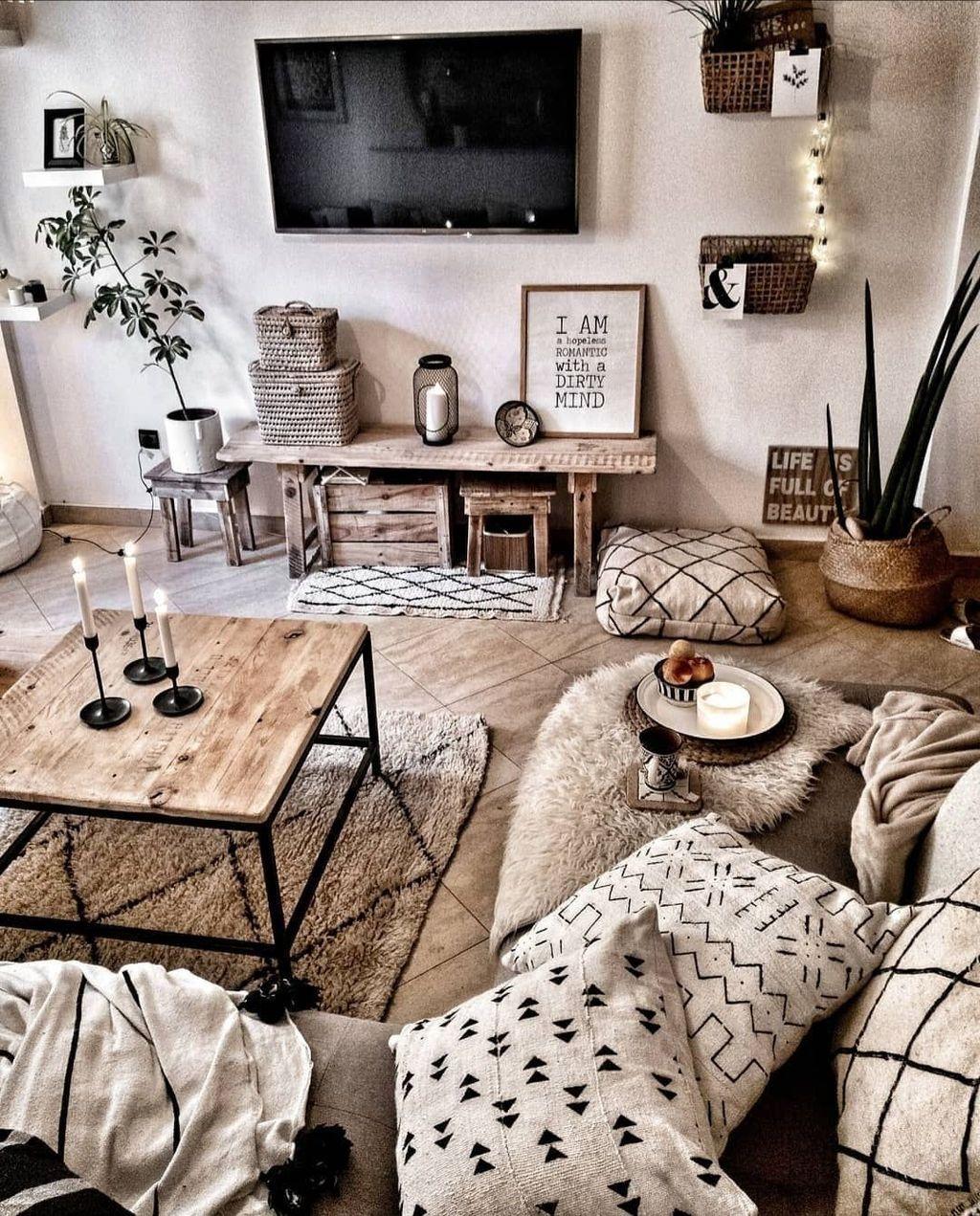 Fabulous Bohemian Living Room Decorating Ideas 24