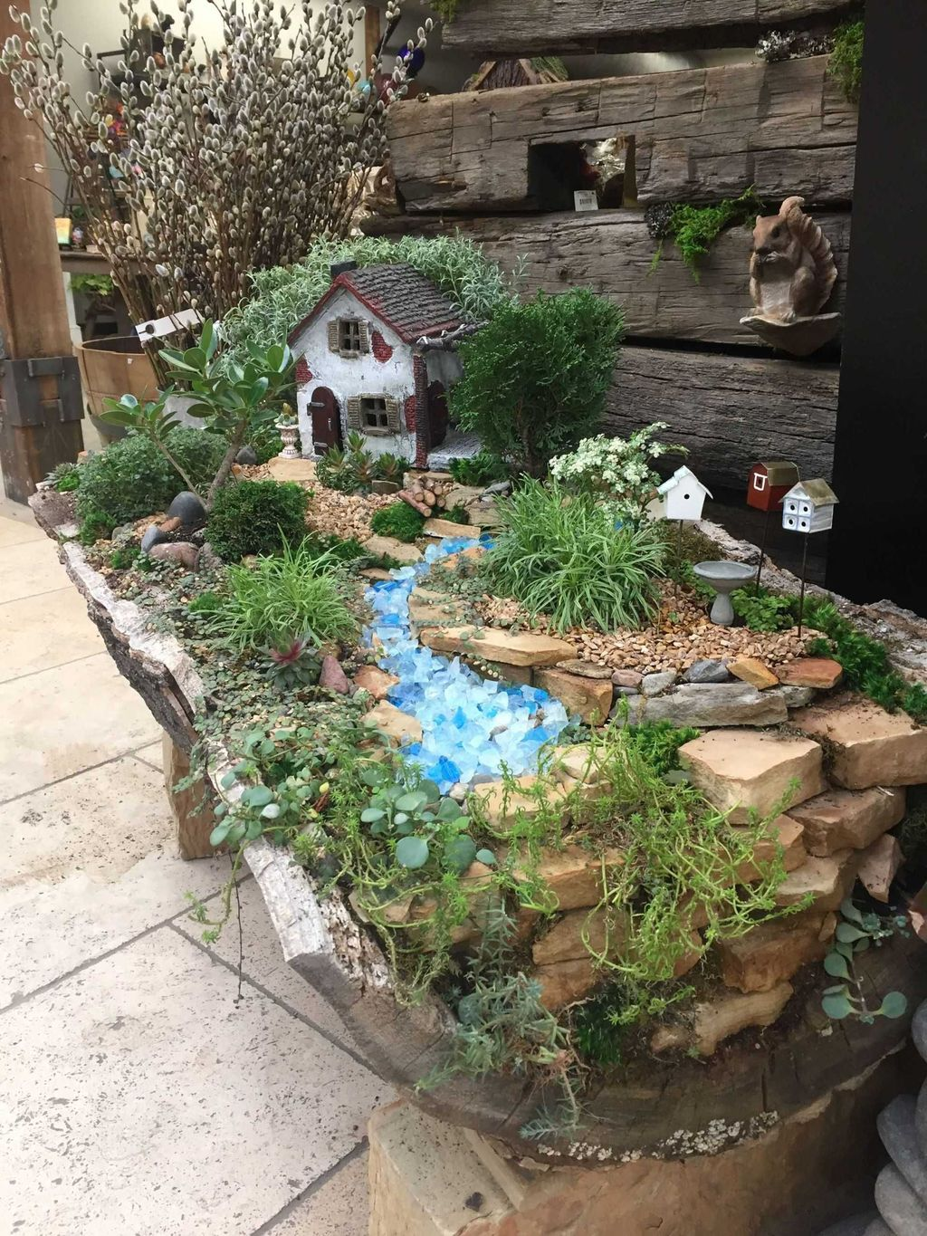 Lovely Beautiful Fairy Garden Design Ideas 05